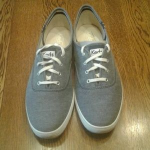 Woman's size 8 Keds sneakers nwot $ 35.00 # 1189